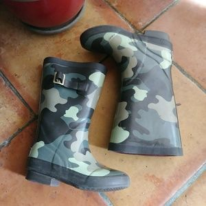 ☔L L BEAN Camo Rain Boots